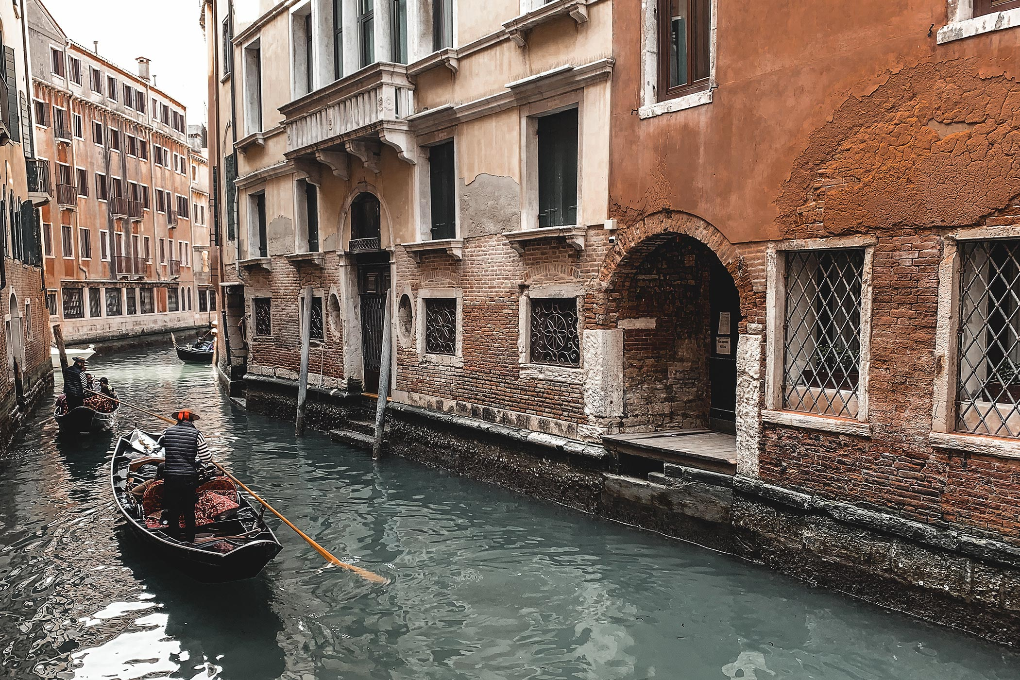 Venise, gondole, travel storyteller, travel writer, travel blog, trip in Venise, recap 2019 to fordward 2020.