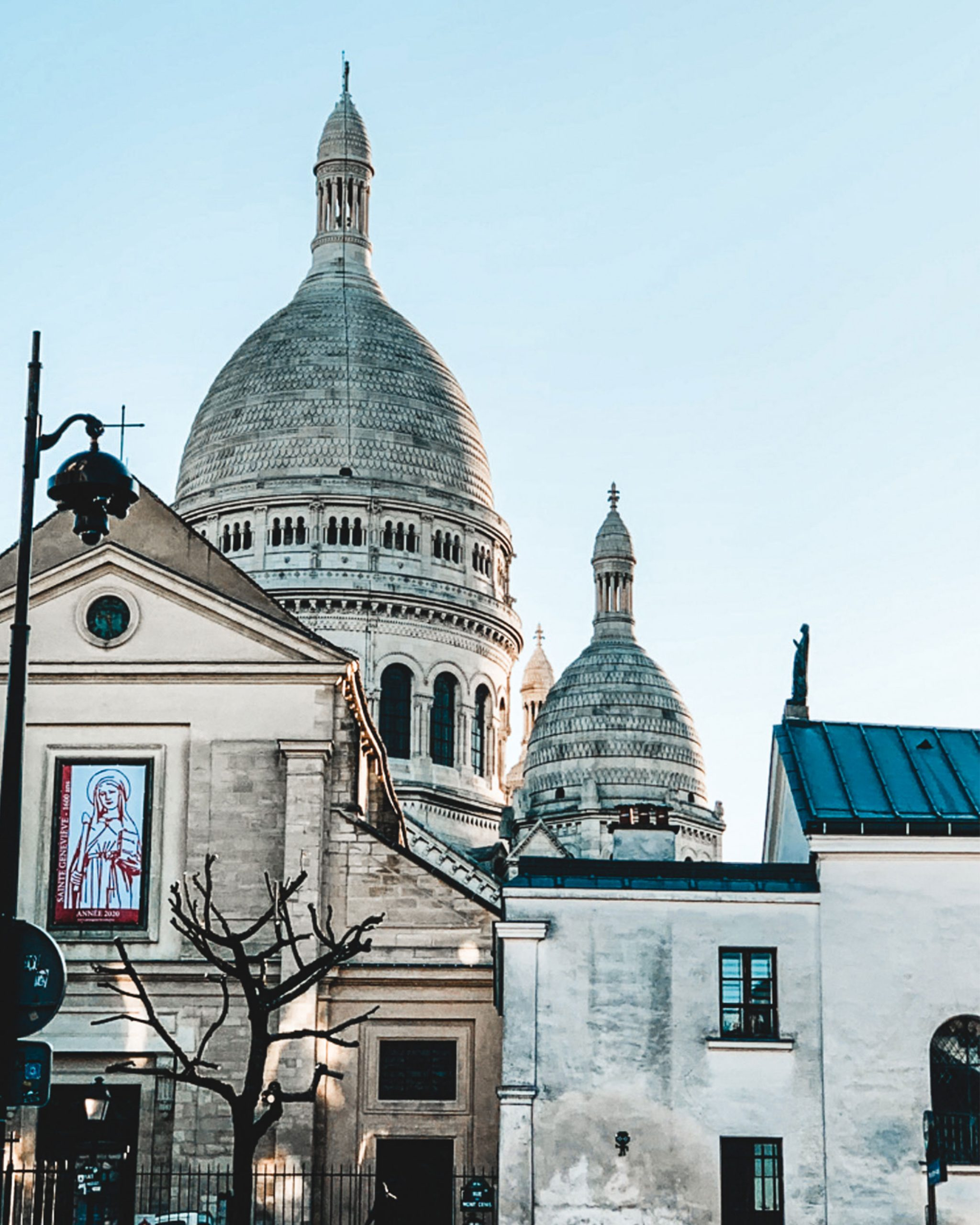 montmartre paris photography travel montmartre paris things to do, montmartre paris sacre coeur. perfect view with a sunrise. perfect itinerary for travel spot.